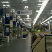 Photo taken at Lowe's Home Improvement by Jason R. on 9/3/2011