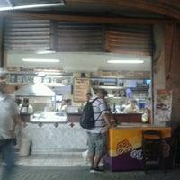 Photo taken at Esfiha do Gordo by Léo G. on 3/22/2012