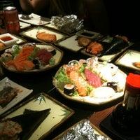 Foto tirada no(a) Sushi Iê por Albert S. em 8/19/2012