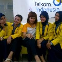 Photo taken at Plasa Telkom by CeCe IMoEtZ on 11/22/2011