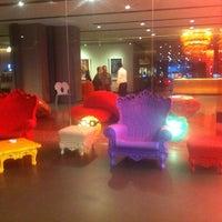 Foto scattata a Nhow Milano da coccyTW il 8/27/2012