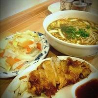 Das Foto wurde bei Lon-Men's Noodle House von Yongbo G. am 4/27/2012 aufgenommen