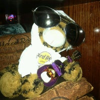 Photo taken at Hard Rock Cafe Memphis by Merideth S. on 3/28/2012