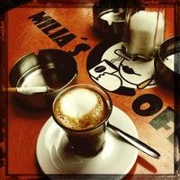 Das Foto wurde bei Milia's Coffee von polakueche am 6/26/2012 aufgenommen