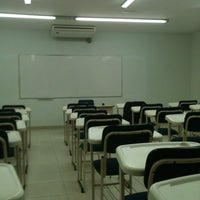 Photo taken at Faculdade CESUSC by Ane S. on 4/23/2012