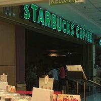 Photo taken at Starbucks by Low J. on 3/31/2012