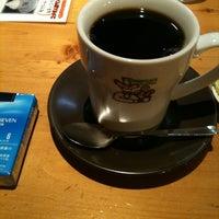 Photo taken at Komeda's Coffee by Takayuki T. on 10/23/2011