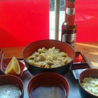 Photo taken at Tokyou Noodle Bar by Ryan H. on 9/4/2011