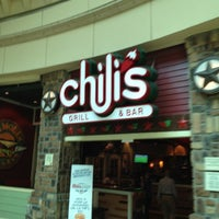 Photo taken at Chili's by Cesar E. on 9/7/2012