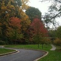 Foto tirada no(a) Rock Creek Park por Francene em 10/24/2011