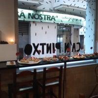 Foto tomada en Ca'n Pintxo por Mika O. el 8/1/2011