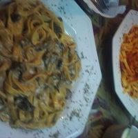 Foto tirada no(a) Maurizio Gallo Restaurante por Angelica F. em 3/25/2012