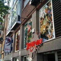 Foto tirada no(a) El Mono-Araña Comics por Spidey C. em 4/25/2011