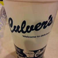 Photo taken at Culver's by Carlos G. on 12/30/2011