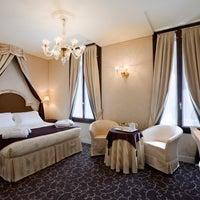 Photo taken at UNA Hotel Venezia by UNA Hotels on 9/23/2011