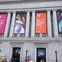 Das Foto wurde bei Asian Art Museum von Brian C. am 11/6/2011 aufgenommen