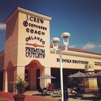Photo taken at Orlando Vineland Premium Outlets by Patziilla K. on 11/9/2011