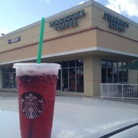 Photo taken at Starbucks by Raulito V. on 8/19/2012