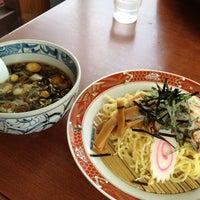 Photo taken at らーめんヒグマ 十日町店 by kanon on 11/29/2011