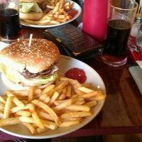 Photo taken at Yes Burger by Jan K. on 9/3/2012