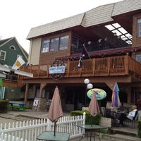 Photo taken at Captain Dick's Crab Shack by Janko B. on 5/22/2012
