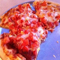 Photo taken at Old Shawnee Pizza & Italian Kitchen by Jackie on 8/11/2011