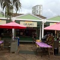 Photo taken at Kapahulu Grill - Honolulu Zoo by Scott on 10/4/2011