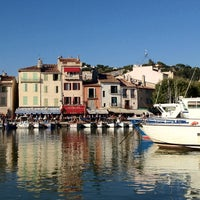 Photo taken at Port de Cassis by Maksim ✈ S. on 8/10/2012