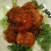 Photo taken at 칸지고고 Congee GoGo by Hank L. on 10/18/2011
