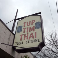Photo prise au Tup Tim Thai par Felice L. le3/30/2012