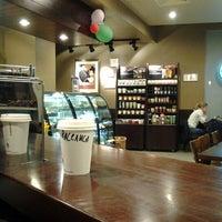 Снимок сделан в Starbucks пользователем Alexandr U. 2/17/2012