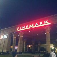 Photo prise au Cinemark Egyptian 24 par Kristen B. le7/3/2012