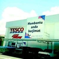 Photo taken at Tesco by Azam Q. on 6/3/2012