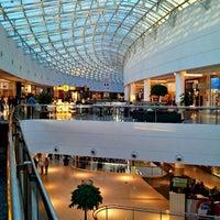 Foto scattata a Shopping Palladium da Lucas N. il 1/28/2012