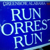 Photo taken at Bubba Gump Shrimp Co. by Terrance W. on 10/2/2011