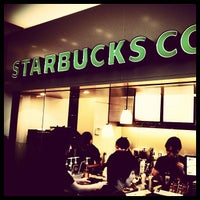 Photo taken at Starbucks Coffee 渋谷セルリアンタワー店 by Takashi S. on 7/27/2012