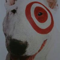 Das Foto wurde bei Target von Cheryl R. am 7/6/2012 aufgenommen