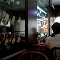 Photo taken at Pizza na Pedra by Marcelo C. on 10/17/2011
