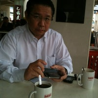 Photo taken at 7 Stars Kopitiam by Judy T. on 10/6/2011