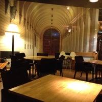 6/2/2012 tarihinde Tamer Hatip ت.ziyaretçi tarafından Cafe Palas'de çekilen fotoğraf