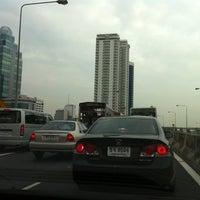 Photo taken at Express Way Petchaburi Exit by chitaphol on 5/27/2011