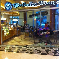 Photo taken at The Coffee Bean & Tea Leaf by Mark M. on 12/4/2011