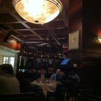3/28/2011 tarihinde Vic T.ziyaretçi tarafından The Grillhouse'de çekilen fotoğraf