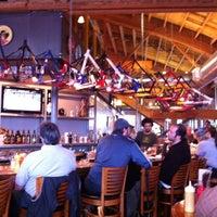 Foto tirada no(a) Hopworks Urban Brewery por Larisa B. em 4/10/2011