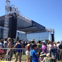 Photo taken at Symphony In the Park at Dolores Park by Alice L. on 7/22/2012
