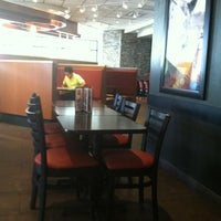 Photo taken at Pizza Hut by Emanuel R. on 2/8/2012