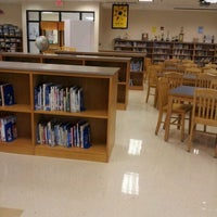 Photo taken at Woodstock Elementary School by Dwayne K. on 3/22/2012