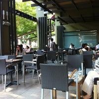 Photo taken at Starbucks by Aytek Ç. on 7/5/2011