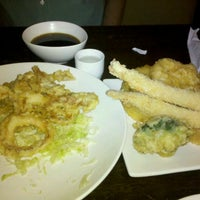 Photo taken at Sake House by Flores N. on 11/19/2011