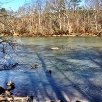 Das Foto wurde bei Cochran Shoals - Chattahoochee River von Billy H. am 1/28/2012 aufgenommen
